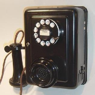 Identifying Popular Western Electric Telephones in One Step